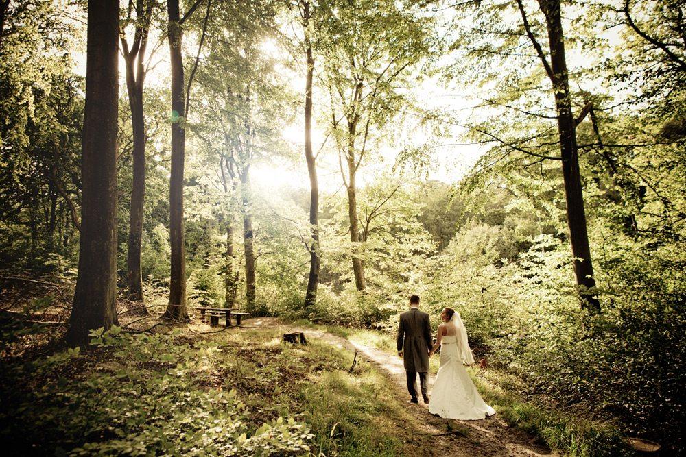 Ballerup - Bryllupsfotograf til Kreative bryllupsbilleder - fotodokumentariske billeder