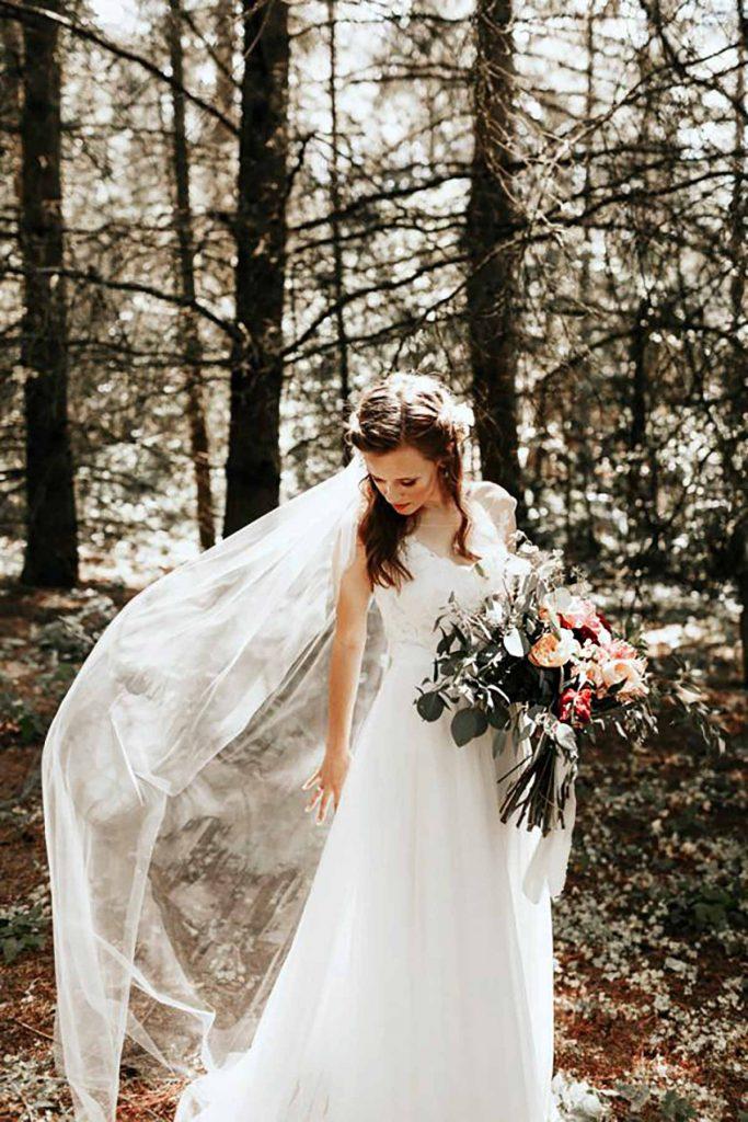 Bruden ville i kirke, det ville gommen ikke