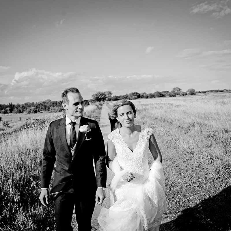 bruden og brudgommen og fotografen